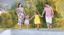 良好的夫妻关系是孩子未来家庭生活的榜样